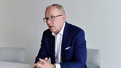 Finnair on myöntänyt toimitusjohtajalleen Pekka Vauramolle 130 000 euron lisäeläkkeen vuodessa.