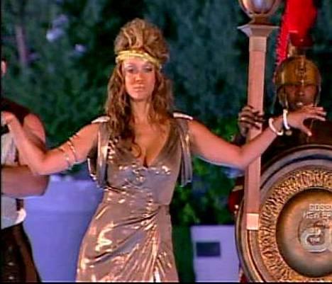 Hullutteleva Tyra Banks etsii seuraajaa.