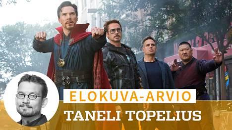 Doctor Strange (Benedict Cumberbatch), Iron Man (Robert Downey Jr.), Hulk (Mark Ruffalo) ja Wong (Benedict Wong) ovat vain pieni osa Avengers: Infinity War -seikkailun mittavasta sankarijoukosta.