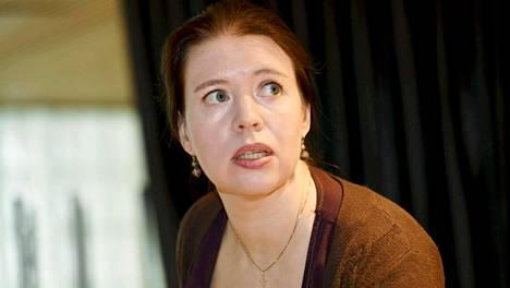 Vasemmistoliiton kansanedustaja, sosiologi Anna Kontula julkisti kirjansa Eduskunta - Ystäviä ja vihamiehiä tiedotustilaisuudessa Helsingissä 10. lokakuuta 2018.