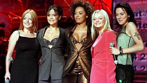 Geir Halliwel (vas.), Victoria Beckham, Melanie Brown, Emma Bunton ja Melanie Chisholm.