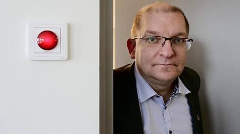 Riku Aalto on Teollisuusliiton puheenjohtaja. Hänen saamansa palkankorotus on yli 5000 euroa kuukaudessa.