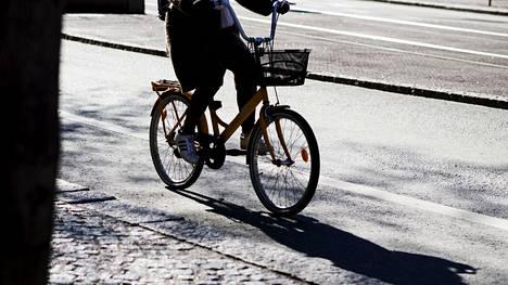 Syksyllä tarvitaan valoa näkemiseen ja näkymiseen - myös polkupyörissä.