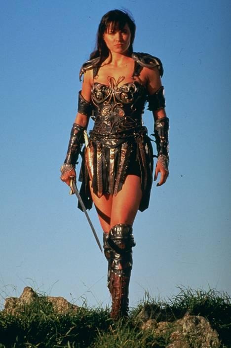 Tältä näytti rohkeasti pukeutuva soturiprinsessa Xena.