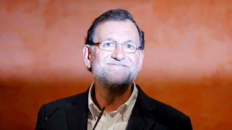 Mariano Rajoylle pidettiin virkaa auki Santa Polan rantakaupungissa.