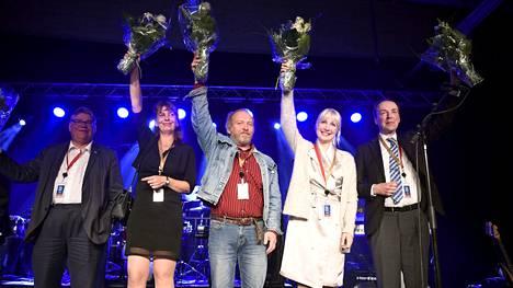 Puoluesihteeri Riikka Slunga-Poutsalo säilytti paikkansa, mutta Jussi Halla-ahon imussa varapuheenjohtajiksi valittiin Laura Huhtasaari, Teuvo Hakkarainen ja kuvasta puuttuva Juho Eerola.