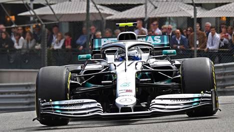 Valtteri Bottas tavoittelee lauantaina Monacossa jo neljättä peräkkäistä paalupaikkaa.