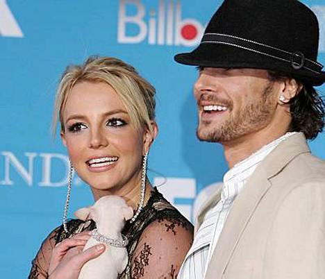 Britney Spears ja Kevin Federline riitelevät lastensa huoltajuudesta taas huomenna oikeudessa.