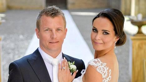 Kimi ja Minttu Räikkönen ovat olleet tasan kaksi kuukautta naimisissa.