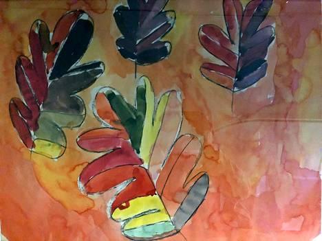 7-vuotiaana Kristiina maalasi syksyn lehdet.