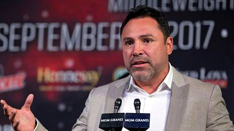 Oscar de la Hoya ilmoitti palaavansa nyrkkeilykehään. Arkistokuva syyskuulta 2017.