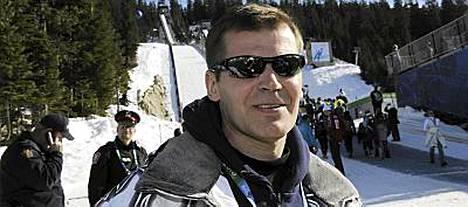 Kari Niemi-Nikkola oli pettynyt olympiajoukkueen paluujuhlassa.