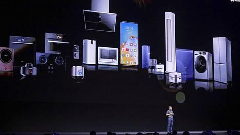 Huawei kehittää käyttöjärjestelmäänsä toiminnallisuuksia etenkin älylaitteiden ja puhelimien yhteiskäyttöä varten.