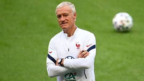 Ranskan päävalmentaja Didier Deschamps.