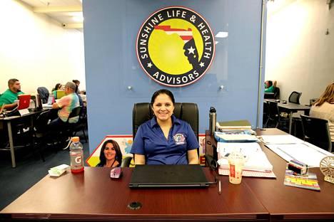 Miamilainen Angelica Velasco ei ollut vielä maanantaina päättänyt, kumpaa ehdokkaista aikoo äänestää.