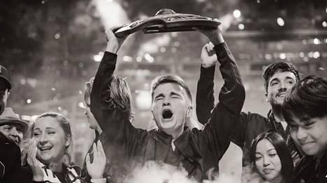 """Johan """"n0tail"""" Sundstein on kaikkien aikojen menestynein Dota 2 -pelaaja. Maailman parhaan titteli oli hänelle tärkeämpi kuin voitosta saadut miljoonat eurot."""
