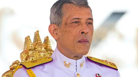 Kruununprinssi Maha Vajiralongkorn julistettiin Thaimaan kuninkaaksi isänsä kuoleman jälkeen viime vuoden lopulla. Hänen kruunajaisensa on määrä järjestää loppuvuodesta.