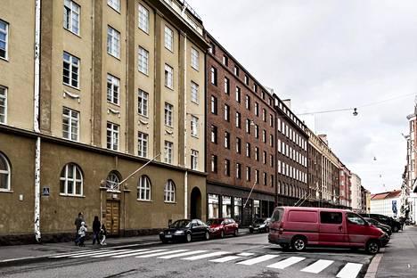 Tiihosen entinen kotikatu on yksi Etu-Töölön rauhallisimmista.