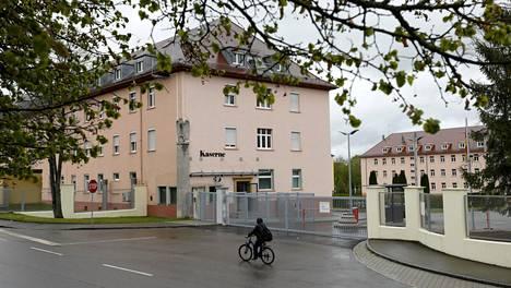 Armeijan tukikohtiin on tehty ratsioita salaliiton paljastumisen jälkeen. Tämän Donaueschingenissä sijaitsevan Fuerstenbergin sotilastukikohdan parakeista löytyi Wermachtin (Saksan sotavoimien nimi vuosina 1935–1945) muistoesineitä.