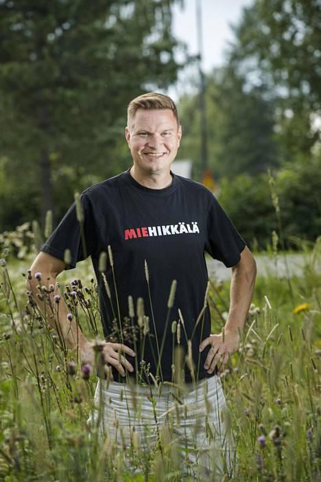 Jukka Hallikainen on vuoden 2008 tangokuningas.