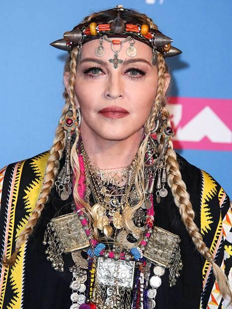 Poptähti Madonnalla on kuusi lasta. Neljä lapsista on adoptoitu.