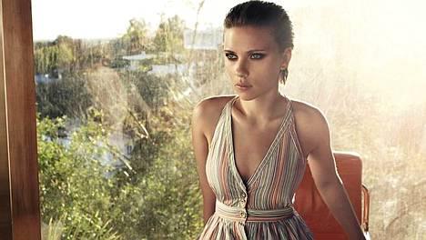 2. Näyttelijä Scarlett Johansson.