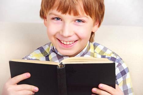 Lasten suusta kuulee hauskoja sutkautuksia – oli kyseessä sitten konfirmaatiotilaisuus tai kauppareissu.