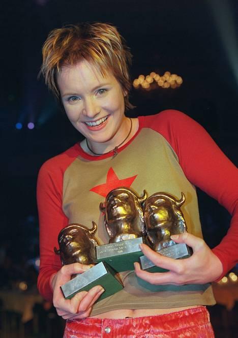 1999: Emmat edellisvuoden parhaille musiikkisuorituksille jaettiin alkuvuodesta. Jonna Tervomaa voitti peräti kolme.