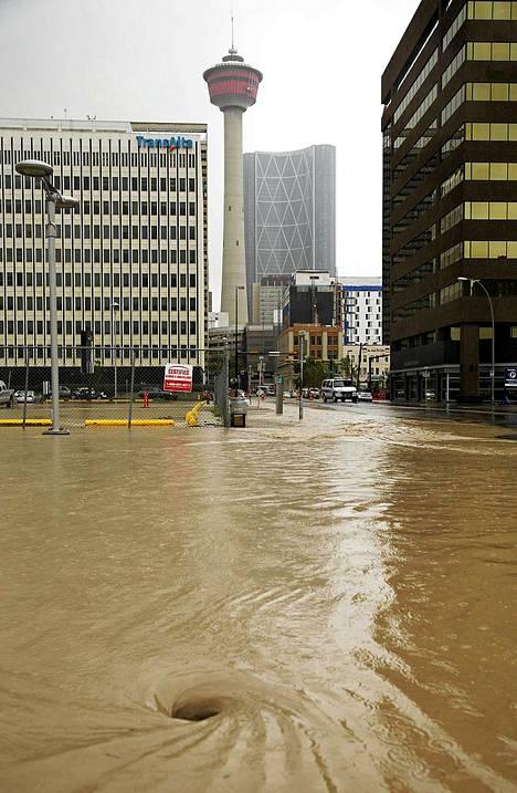 Calgaryn oli autio evakuointikäskyn jälkeen.