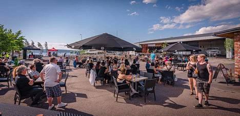 Vesijärven rannalla sijaitsee Ace Cafe Lahti sekä Suomen moottoripyörämuseo. Ace Cafella järjestetään kesäisin useita tapahtumia.