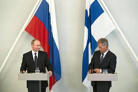 Putin ja Niinistö tapasivat Savonlinnassa heinäkuussa 2017.