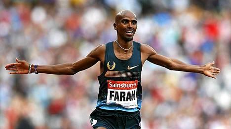 Mo Farah voitti 3000 metrin juoksun näytöstyyliin.