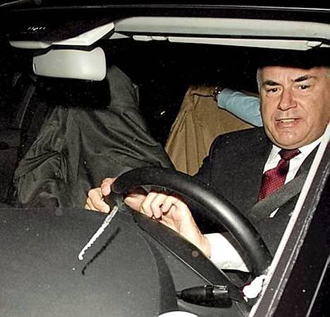 Sandra Bullock piilotteli mustan peiton alla.