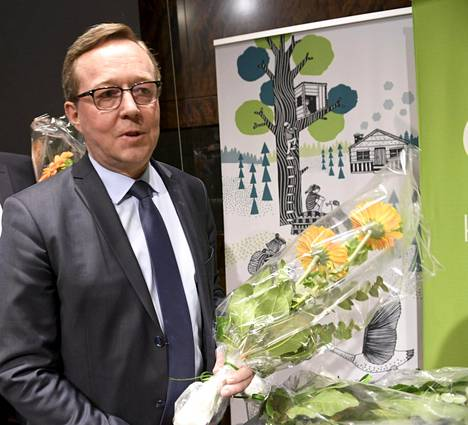 Valtiovarainministeriksi valittu Mika Lintilä.