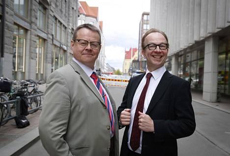 Pasi Heikura ja Simo Frangén kotikaupunkinsa Tampeeen kadulla.