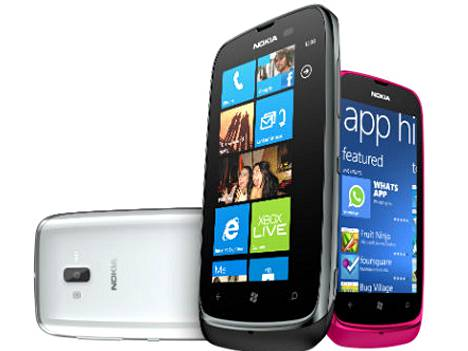 Lumia 610 saa Windows 7.8 -päivityksen. Sen seuraajassa pörrää sama käyttöjärjestelmä.