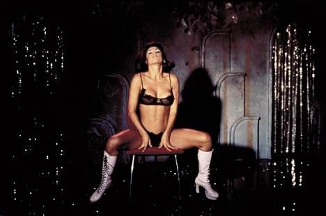 Striptease-elokuva vaati Moorelta heittäytymistä.