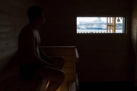 Katajanokan Allas Sea Poolissa on kolme saunaa. Miehille ja naisille on omansa. Kuvan tilaussaunassa aiotaan järjestää esimerkiksi keskustelutilaisuuksia.