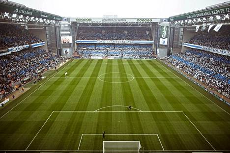 Kööpenhaminan Parken on EM-kisojen pienin stadion.
