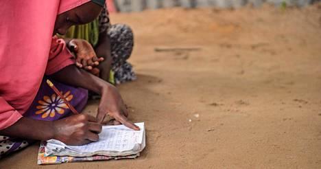 Puolet maailman lapsista ei opi koulussa perustaitoja koulujärjestelmien heikkouden vuoksi.