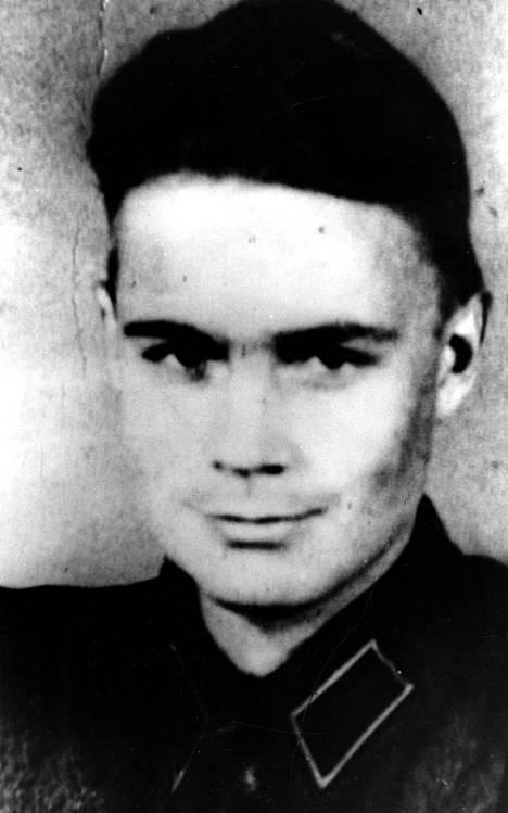 Mauno Koiviston sotakokemukset piinasivat häntä.