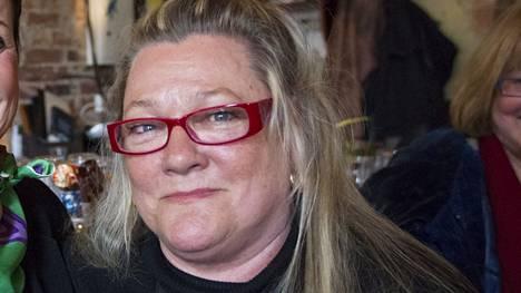 Näyttelijä Marja-Leena Kouki viettää 50-vuotistaiteilijajuhlavuottaan.