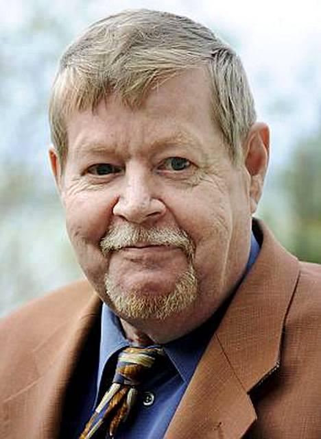 Arto Paasilinna on yhä kirjailijoiden tulokuningas.