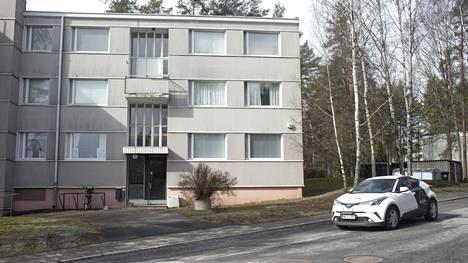 Epäilty henkirikos tapahtui Pernon lähiössä Turussa sijaitsevassa kerrostalossa.