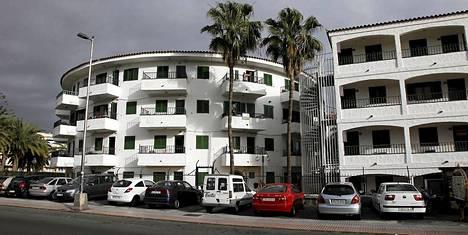 Jamppa asui Playa del Inglesin tuntumassa sijaitsevassa Las Faluaksessa tutkintavankeuden jälkeen.