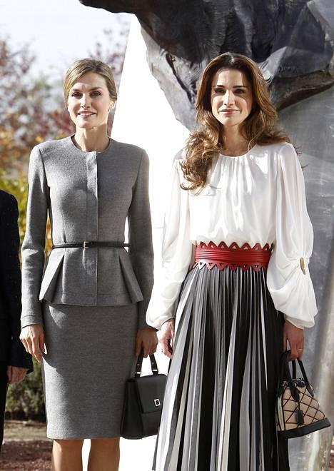Espanjan kuningatar Letizia ja Rania.