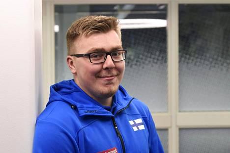 Aaron Kangas tavoittelee Turun Kalevan kisoista ensimmäistä aikuisten Suomen mestaruuttaan. Mestaruusjahti alkaa perjantaina moukarin karsinnoilla. Finaali on ohjelmassa lauantaina.
