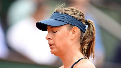 Dopingkäryn jälkeen palannut Maria Sharapova ulos Ranskan avoimista