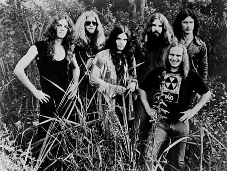 Allen Collins, Leon Wilkeson, Gary Rossington, Artimus Pyle, Ronnie Van Zant, Billy Powell 1970-luvun alussa.
