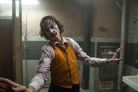 Joaquin Phoenix on vahva ennakkosuosikki parhaan miespääosan Oscar-palkinnolle elokuvasta Joker.